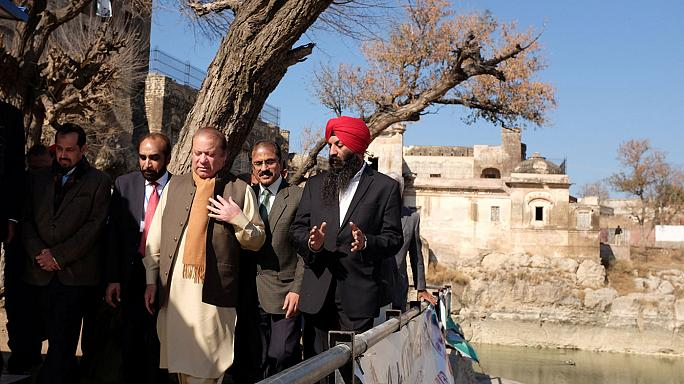 Pakistan's PM reaches out to minorities during Hindu temple visit
