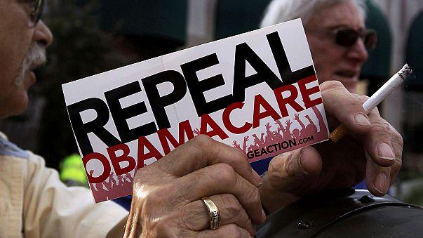 """Senado aprova """"princípio do fim"""" do Obamacare"""