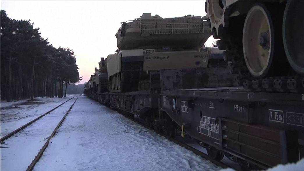US tanks and troops arrive in Poland