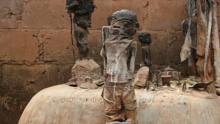 Benin celebrates its annual Voodoo Festival [no comment]