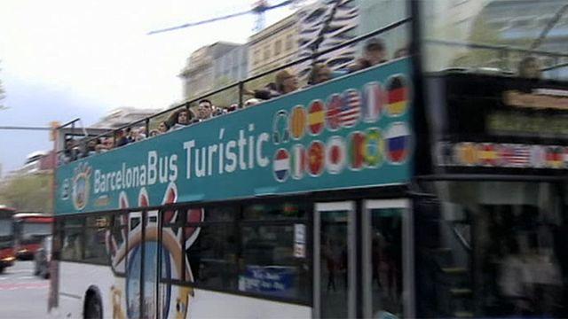 Touristen verwöhnen Spanien
