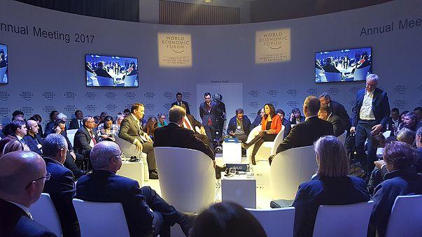 Дебати в прямому ефірі з Давоса: Роль Росії на світовій арені