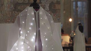 Fashion-tech, l'ultima frontiera della moda è l'abito che ti salva se hai un infarto