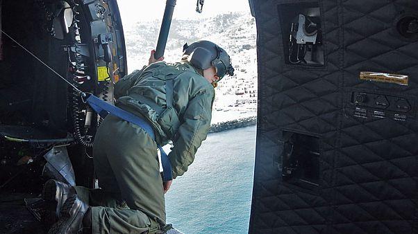 Σκόπελος: Επιχείρηση διάσωσης εγκλωβισμένων με ελικόπτερο της Πολεμικής Αεροπορίας - ΒΙΝΤΕΟ