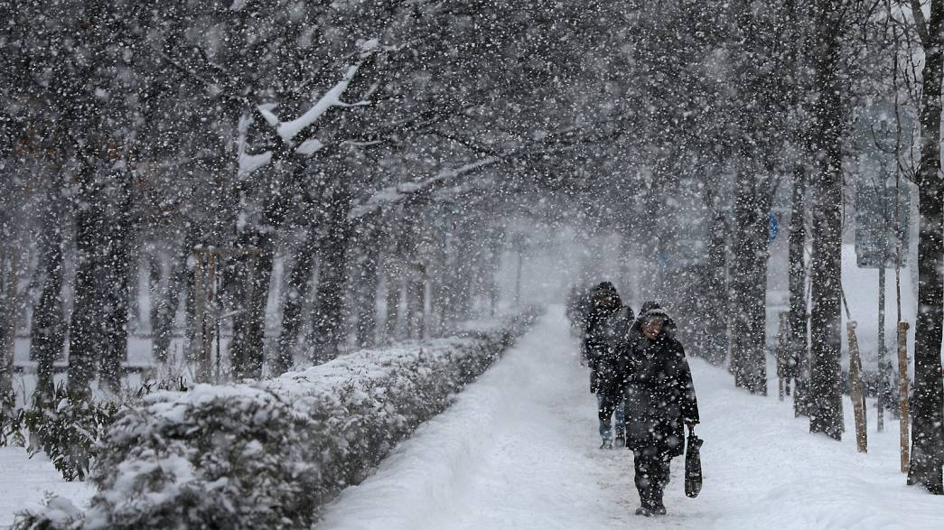 Европу сковали аномальные морозы