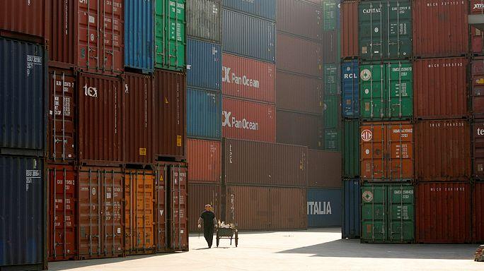Las exportaciones chinas cayeron un 7,7% en 2016, segundo año seguido de retroceso