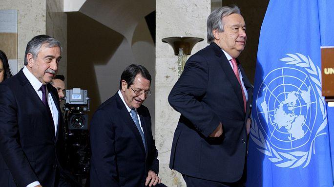 مفاوضات قبرص: اسطنبول واثينا تتمسكان بموقفهما بشأن انسحاب القوات التركية