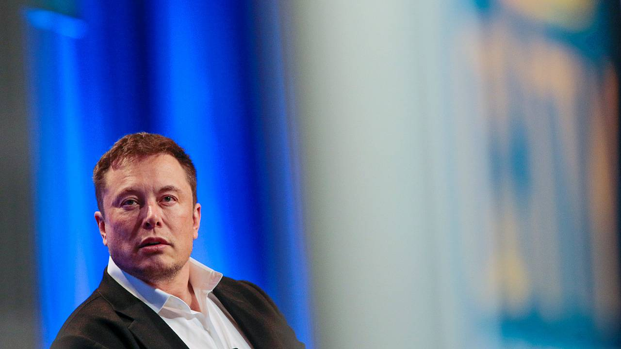 Elon Musk speaks in Los Angeles on Nov. 8, 2018.
