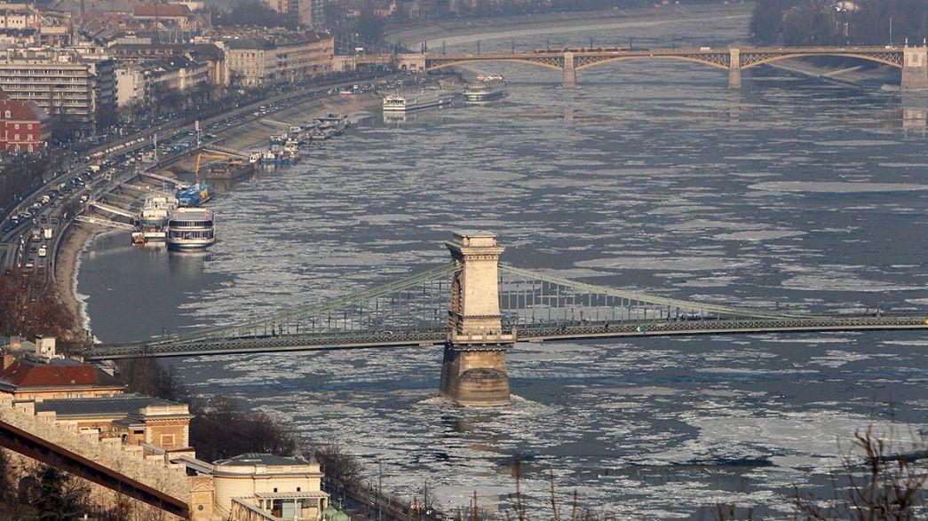 Vaga de frio e mau tempo espalha rasto de morte pela Europa