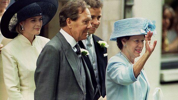 Elhunyt II. Erzsébet sógora