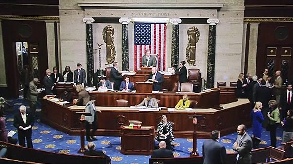 US House follows Senate in voting to start Obamacare repeal