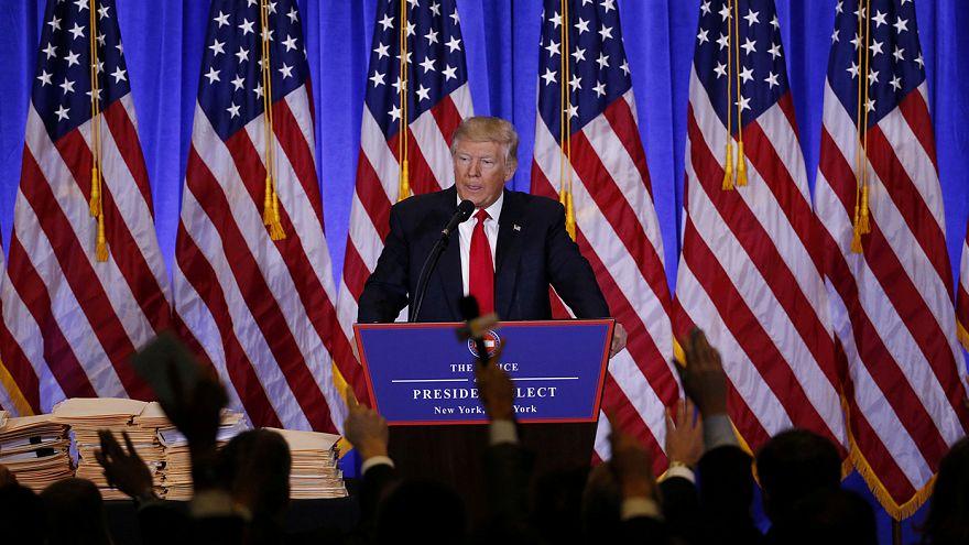 Usa: il consigliere di Trump, Flynn, ha avuto contatti frequenti con la Russia