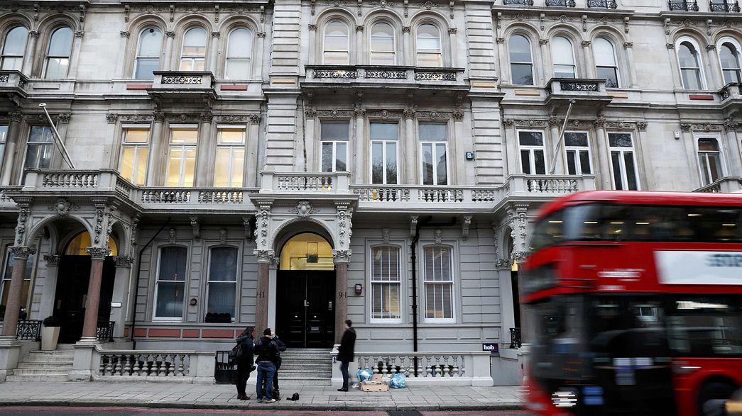 Le gouvernement britannique prend ses distances avec son ex-agent secret