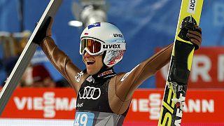 استوک پیشتاز جام جهانی پرش با اسکی