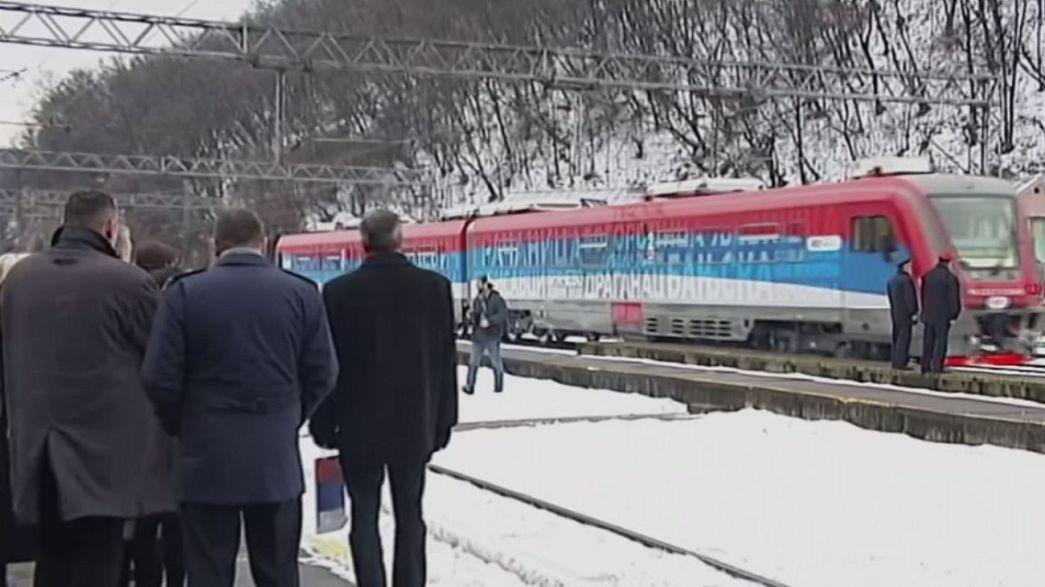 Un tren con la inscripción 'Kosovo es Serbia' es detenido antes de llegar a territorio kosovar
