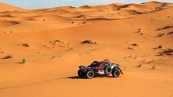 "Africa Eco Race: Mini Васильева, ""КАМАЗ"" Каргинова"