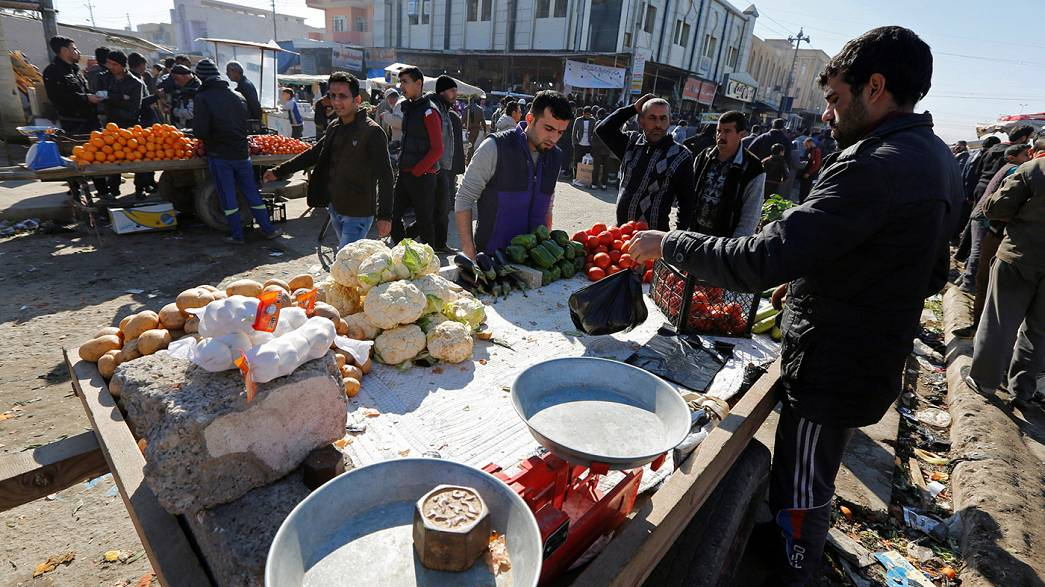 Residents in eastern Mosul attempt to return to semblance of normality