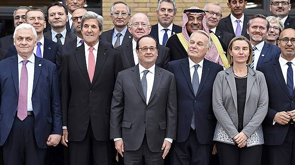 """Hollande: """"buscar la paz (entre israelíes y palestinos)no es un sueño del pasado"""""""