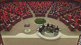 Turquia: Parlamento aprova em primeira leitura reforço de poderes do presidente