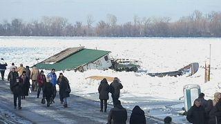 Serbie : le Danube recouvert de glace