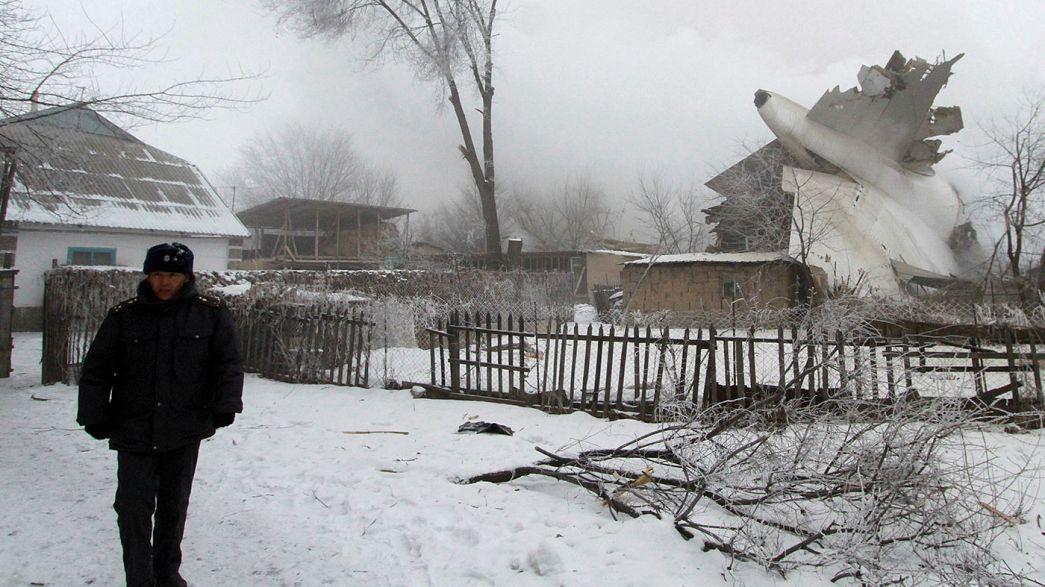 Dezenas de mortos em acidente aéreo no Quirguistão