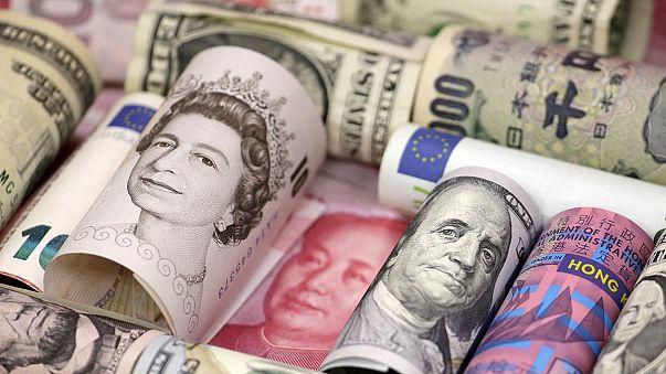 سقوط ارزش پوند در آستانه سخنان نخست وزیر بریتانیا درباره برکسیت