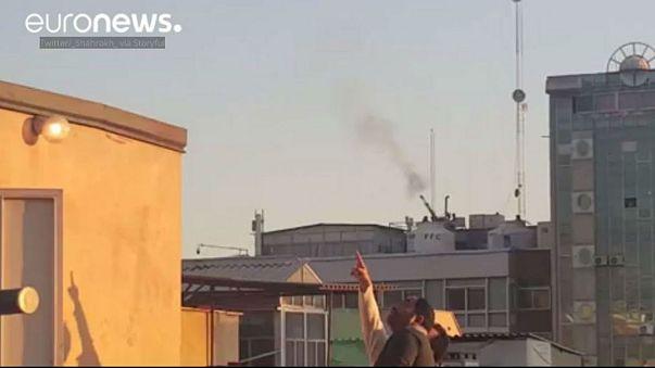 İran'ın başkenti Tahran'da uçaksavar sesleri