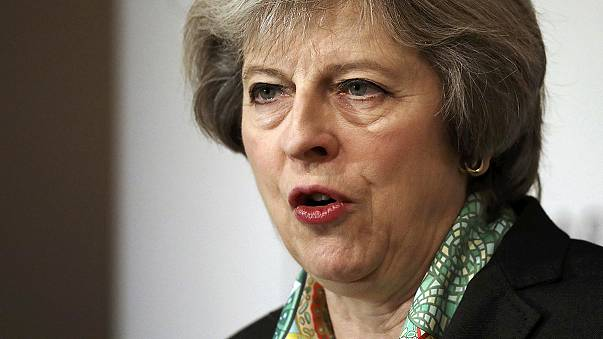 Felfedi a Brexit tárgyalások stratégiáját a brit kormányfő