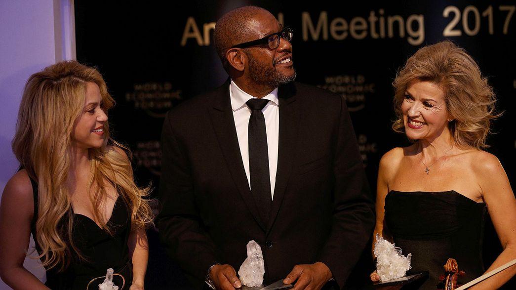 Shakira, Whitaker e Mutter premiados em Davos