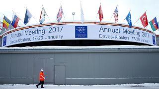 Davos Zirvesi: Görüşmelerin konusu 'liderlik', kasabada en çok Trump konuşuluyor