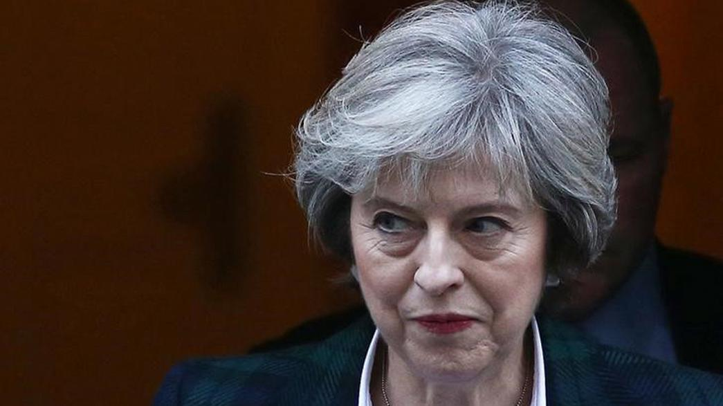 Theresa May outlines UK Brexit plans in long-awaited speech