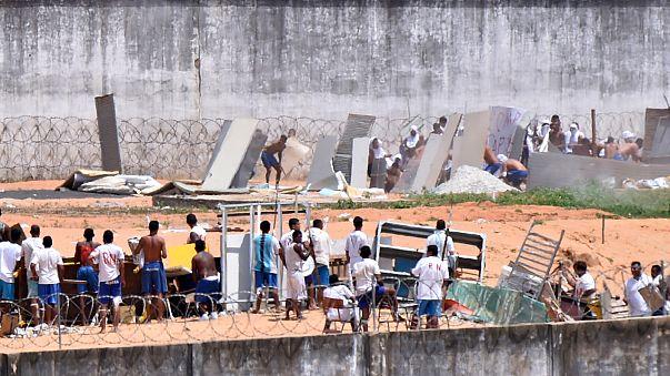 Tränengas: Brasilianische Polizei unterbindet erneutes Gefangenenmassaker