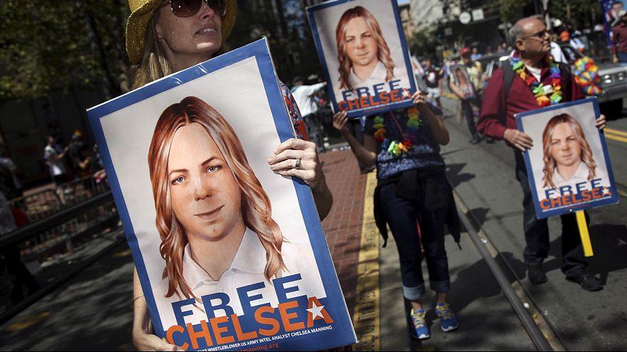 Obama 'WikiLeaks mahkumu' Manning için af yetkisini kullandı