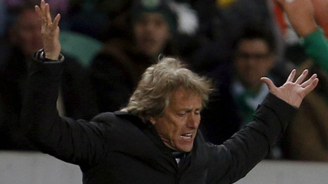"""Taça de Portugal: Sporting """"cai"""" em Chaves mas Bruno de Carvalho segura Jesus"""