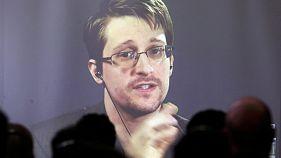 Edward Snowden podrá permanecer tres años más en Rusia