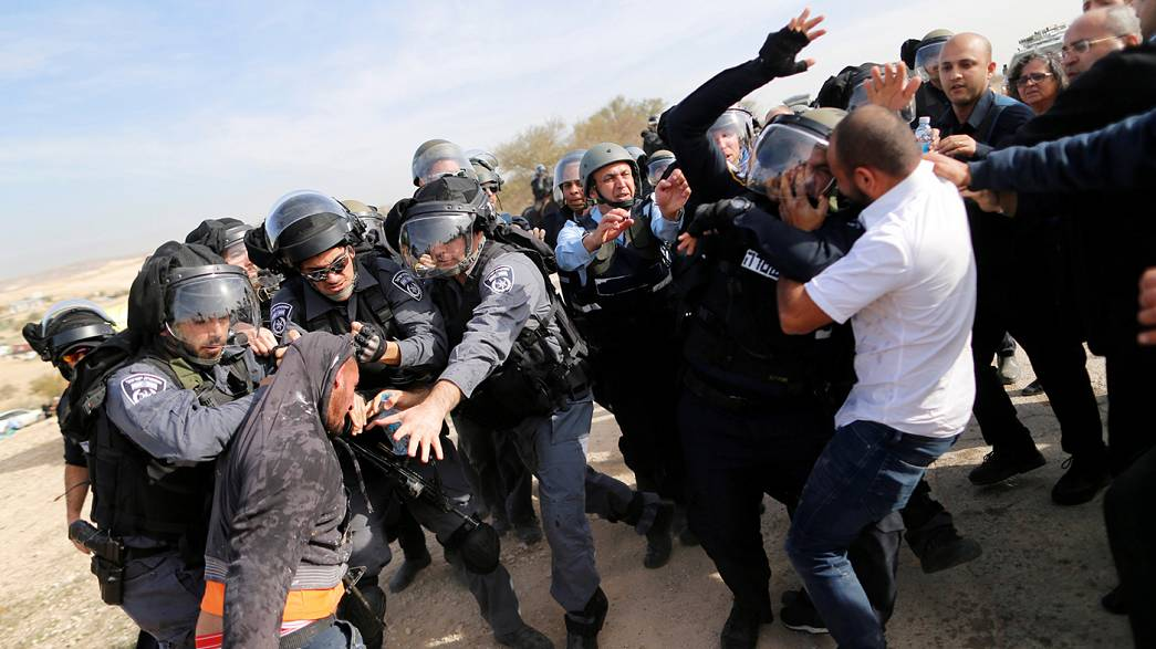Israel: two dead in Bedouin village confrontation