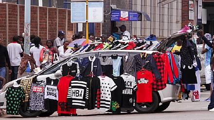 Hawkers and street sellers banned in Harare [The Grand Angle]