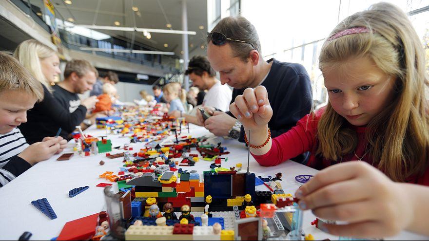Top UK university seeks Professor of Lego