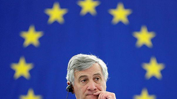 الرئيس الجديد للبرلمان الأوروبي ، أنطونيو تاياني، يتسلم مهمه رسميا.