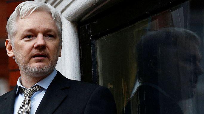 Après Snowden, Assange réagit au dossier Manning