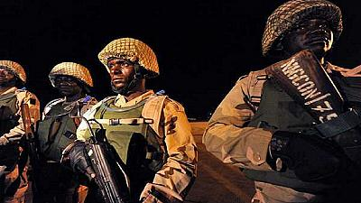 Gambie : les troupes de la CEDEAO aux portes de Banjul