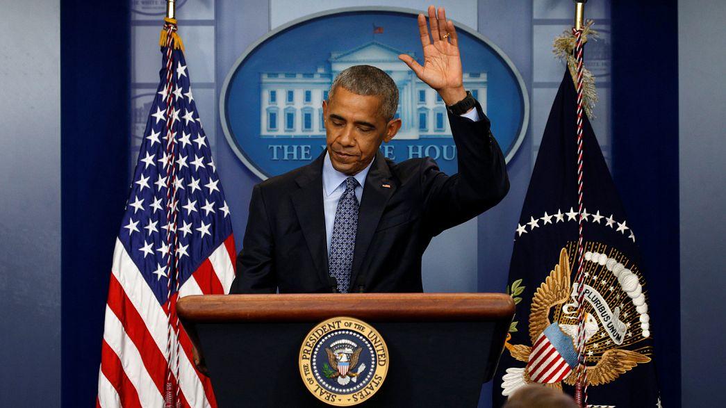 Obama volta a defender a mudança (de Trump) na última conferência de imprensa como presidente