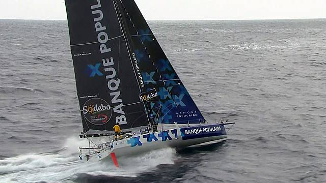 Le Cleac'h on course for Vendee Globe victory, but Brit Thomson lurking close behind