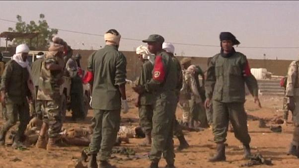 تفجير انتحاري في معسكر شمال مالي