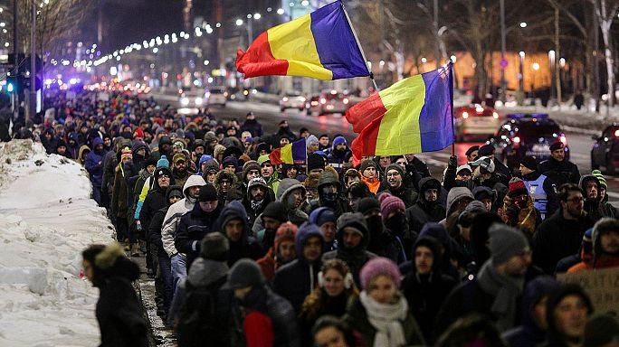 Proteste gegen Lockerung von Anti-Korruptionsgesetz in Rumänien