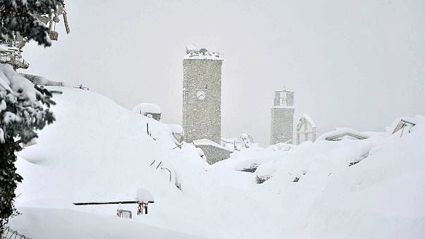 Olaszország: földrengések után halálos lavina
