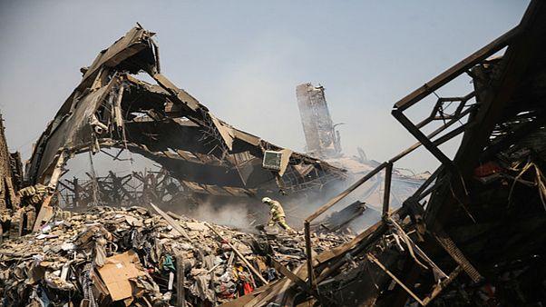 ساختمان پلاسکو در تهران فرو ریخت؛ دهها نفر زیر آوار