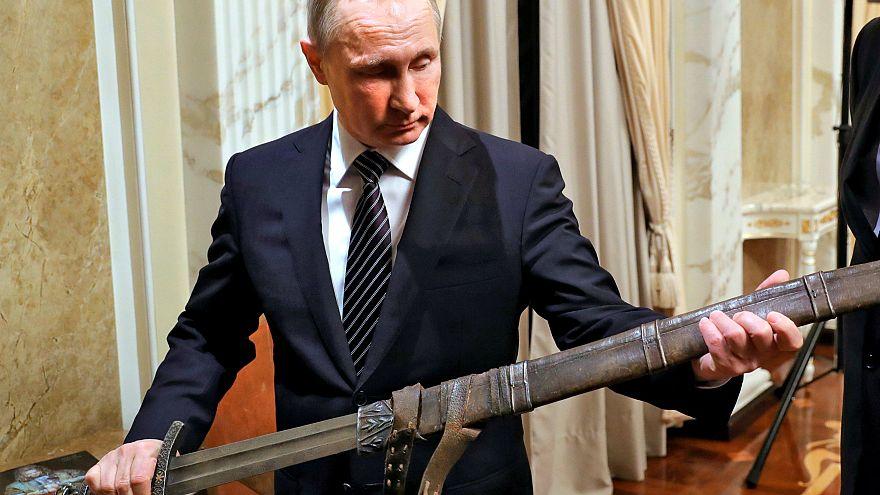 """Neuer Preis: Venezuela will Putin als """"großen Anführer des Friedens"""" ehren"""