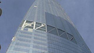 Wilshire Grand Center deprem testinde
