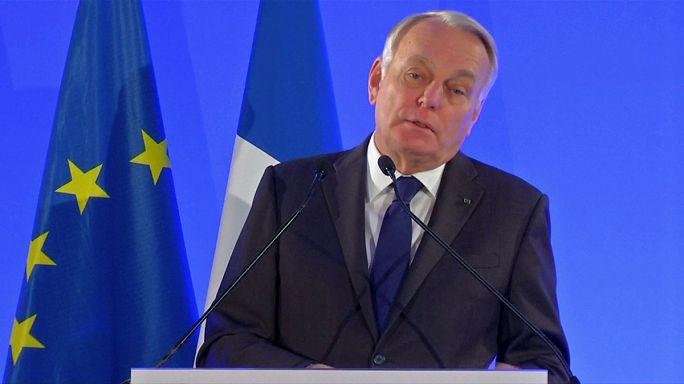 """Британия и Франция обменялись колкостями из-за """"брексита"""""""